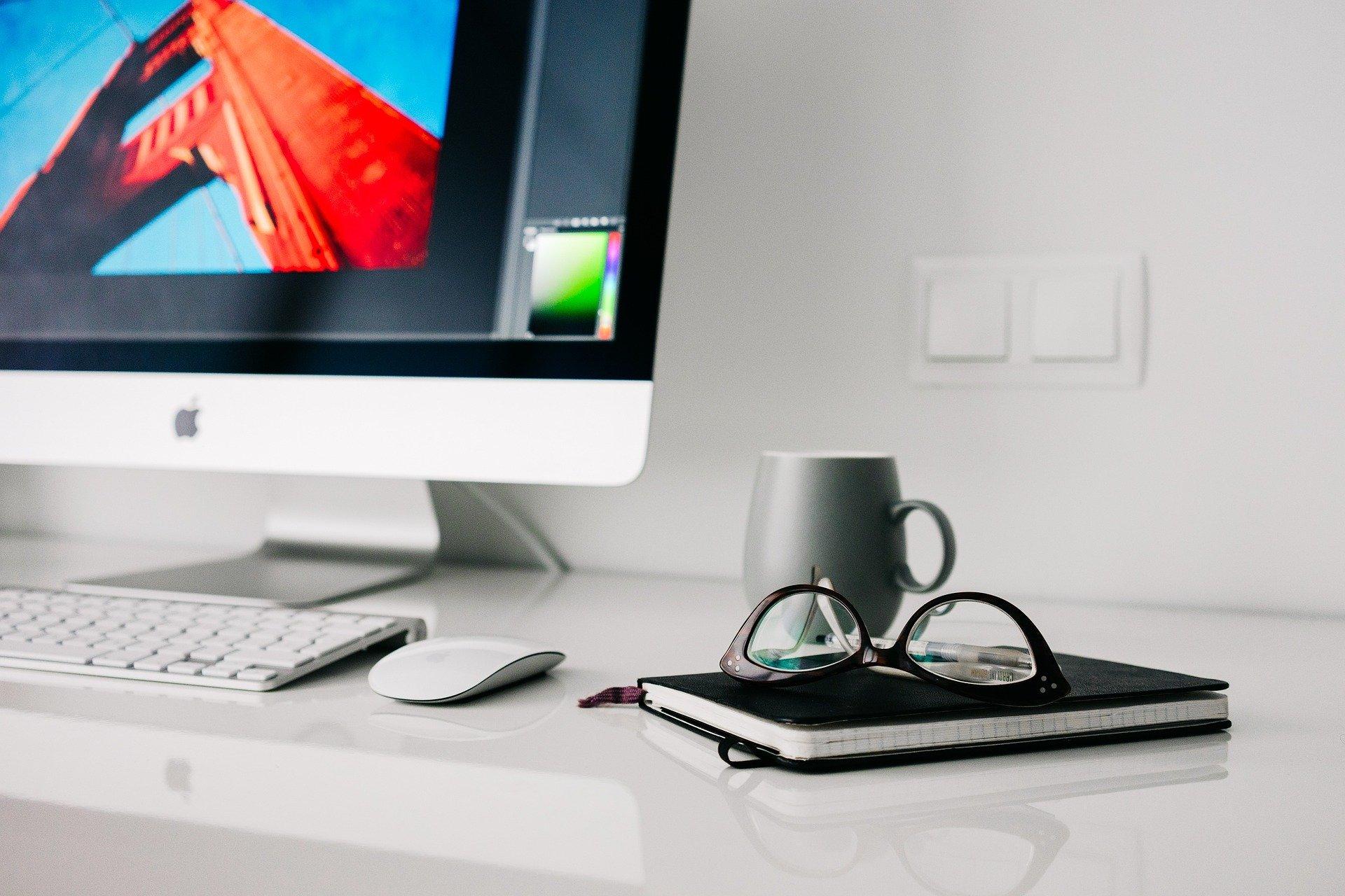 デスクトップパソコンとノート